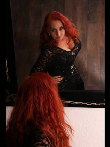 Lady Nicole im Domicile Dark Emotion 8