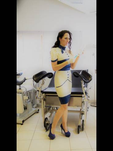 Bizarr Klinikum Blanc -Noir Therapiezentrum 22