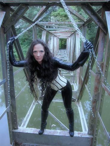 Latexgoettin Satanica Panthera 20