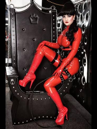 Lady Donatella IM STUDIO BLACK FUN 6