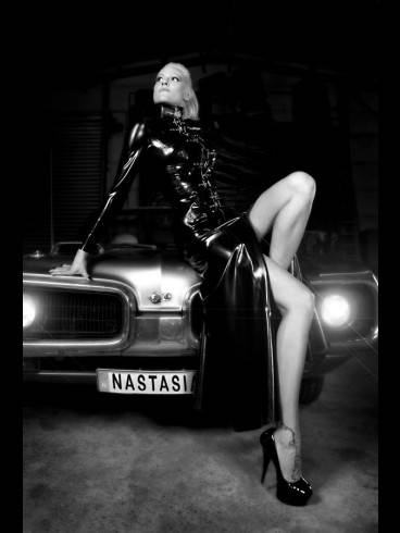 The Rubber Princess Lady Nastasia-Residenz Hekate 7